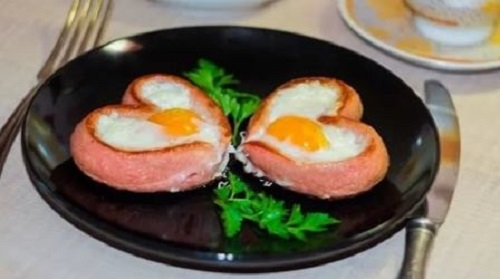 яйцов сосиске