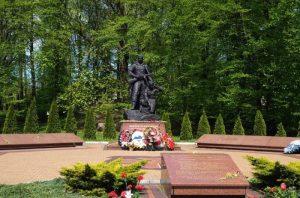 Памятник-мемориал «Воинам разведчикам»